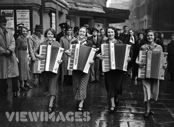 Accordion Band